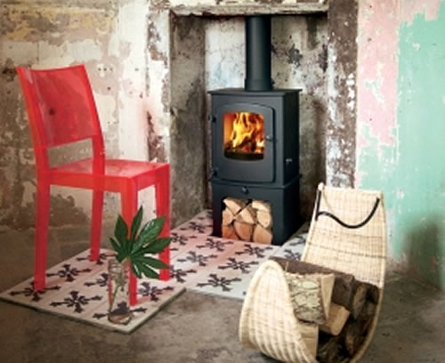 Thinking of installing a wood-burning stove? What are the Advantages?